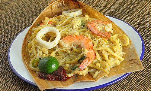 Hokkien Mee Singapore noodles hawker food