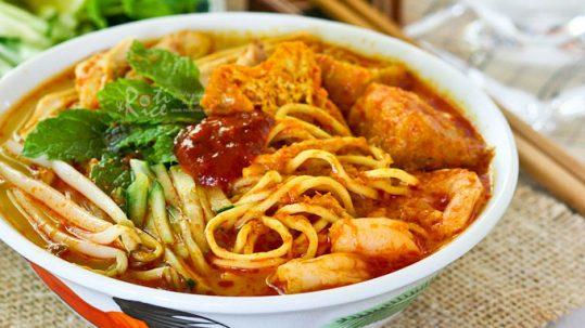 Laksa Singapore noodles